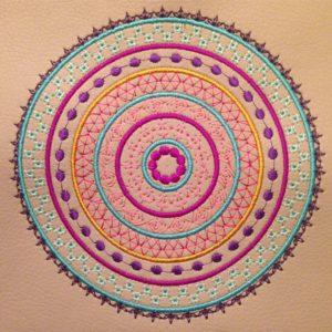 KathieKreativ's Stickdatei Mandala Dotted - CarryBag nähen und Sticken - Taschenträger selbermachen - Kunstleder nähen und sticken
