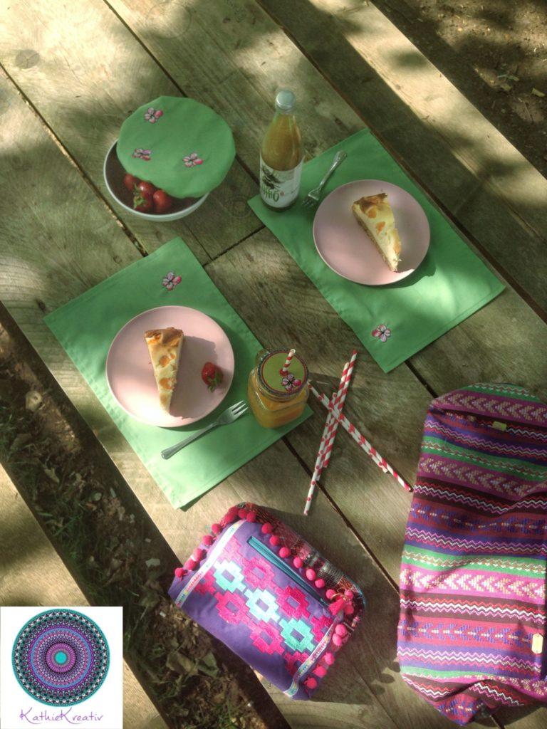 Watercolor Flower Picknick Set + Freebie • KathieKreativ • Talu Nähwettbewerb ''Winter ade'' • Nähen und sticken für Anfänger