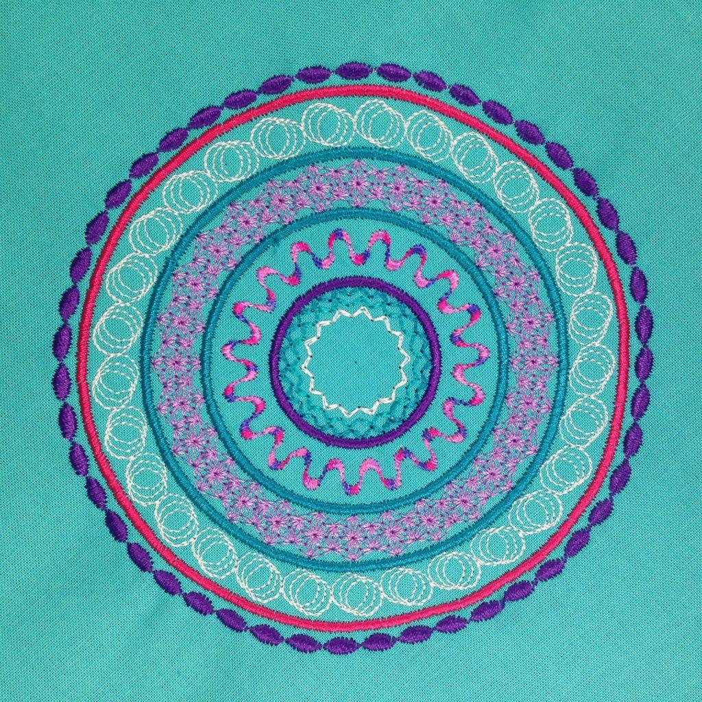 Mandala Meditationskissen nähen und sticken mit KathieKreativ