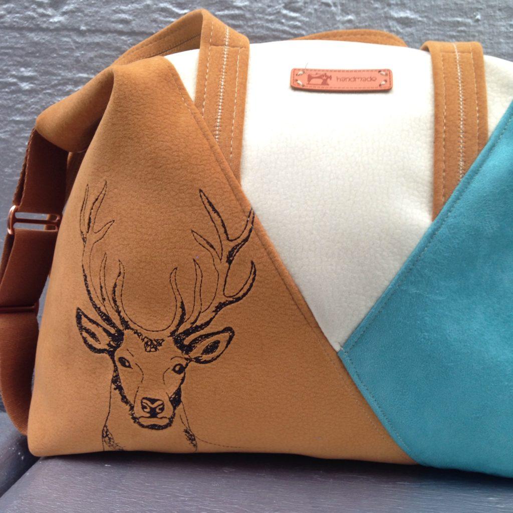 Ebook Tasche Leene mit KathieKreativ nähen - KathieKreativStickdatei #nähen #sticken #KritzelHirsch #Stickdatei