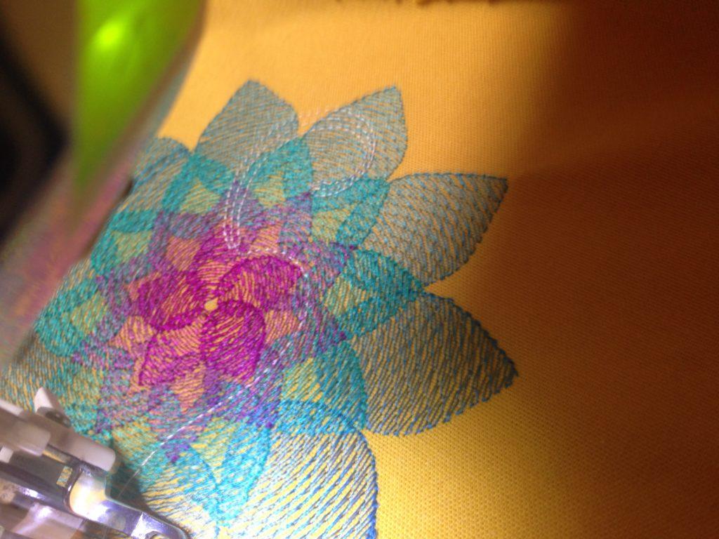 KathieKreativ Om Mandala Meditationskissen mit Kapok